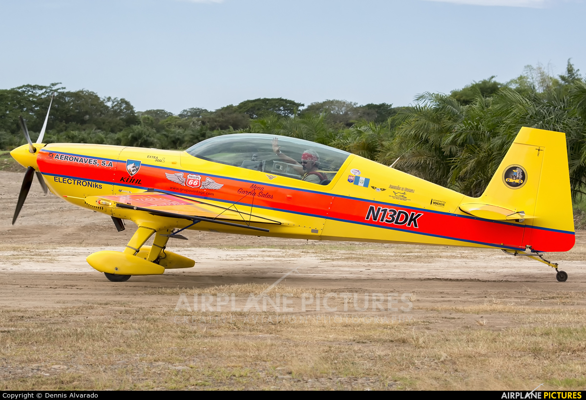 Private N13DK aircraft at Aranjuez