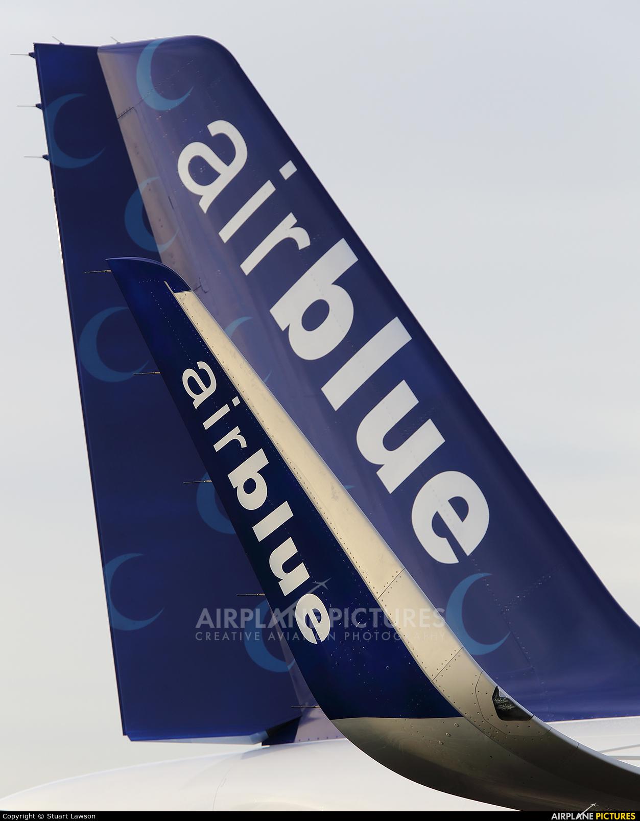 Air Blue AP-BMN aircraft at East Midlands