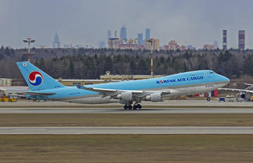 HL-7482 - Korean Air Cargo Boeing 747-400