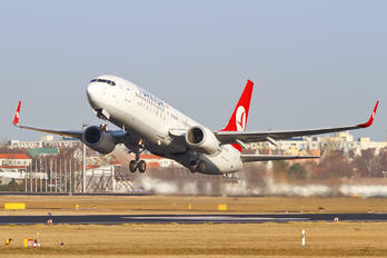 TC-JFC - Turkish Airlines Boeing 737-800