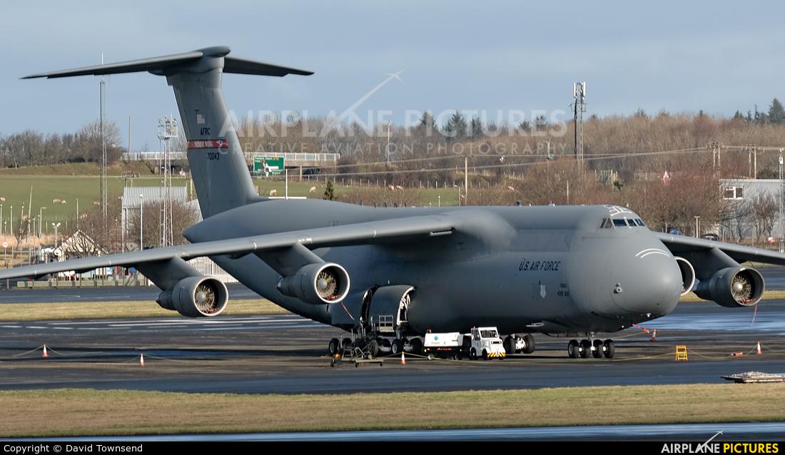 USA - Air Force 87-0043 aircraft at Prestwick