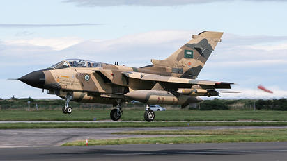 7504 - Saudi Arabia - Air Force Panavia Tornado - IDS