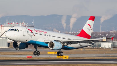 OE-LBR - Austrian Airlines/Arrows/Tyrolean Airbus A320