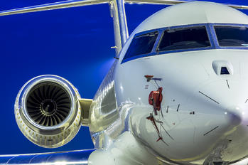 OE-IOO - Private Bombardier BD-700 Global 5000
