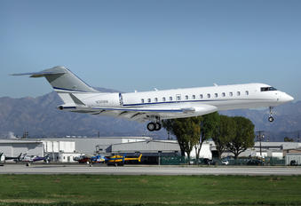 N36MM - Private Bombardier BD-700 Global Express