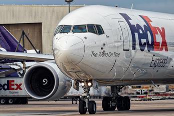 N102FE - FedEx Federal Express Boeing 767-300F