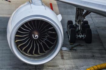 HS-TKK - Thai Airways Boeing 777-300ER