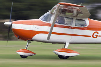 G-WEWI - Private Cessna 172 Skyhawk (all models except RG)