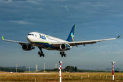 PR-AIX - Azul Linhas Aéreas Airbus A330-200 aircraft