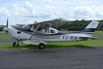 YJ-RIR - Private Cessna T206H Turbo Stationair