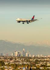 N704DK - Delta Air Lines Boeing 777-200LR
