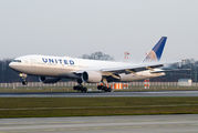 N774UA - United Airlines Boeing 777-200 aircraft