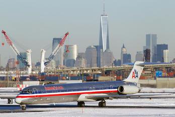 N954U - American Airlines McDonnell Douglas MD-82