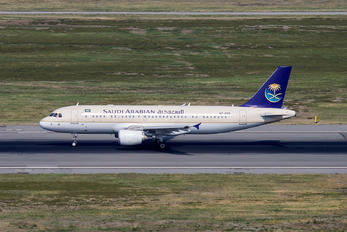 HZ-AS12 - Saudi Arabian Airlines Airbus A320