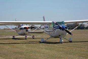 LV-MOW - Private Cessna 172 Skyhawk (all models except RG)