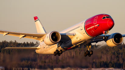 LN-LNC - Norwegian Air International Boeing 787-8 Dreamliner