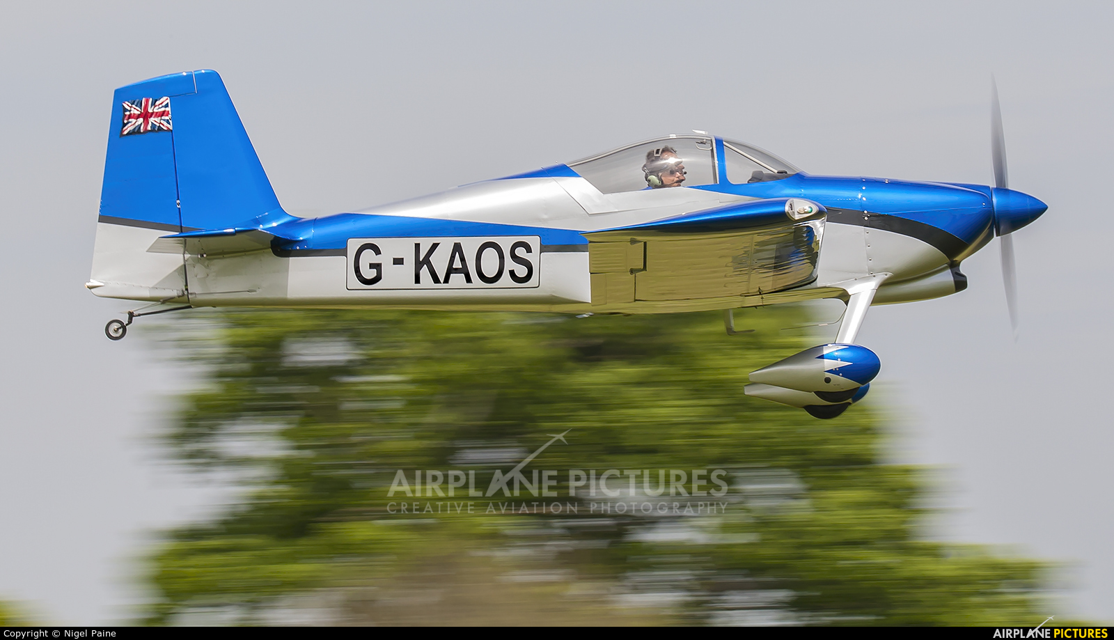 Private G-KAOS aircraft at Lashenden / Headcorn