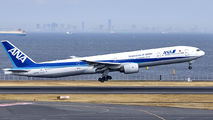 JA752A - ANA - All Nippon Airways Boeing 777-300 aircraft