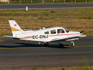 EC-DNJ - Real Aero Club de Santiago Piper PA-28 Warrior