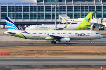 HL7712 - Air Busan Airbus A321