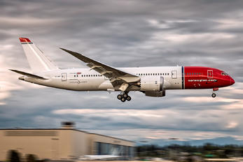 EI-LNF - Norwegian Long Haul Boeing 787-8 Dreamliner