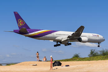 HS-TKC - Thai Airways Boeing 777-300
