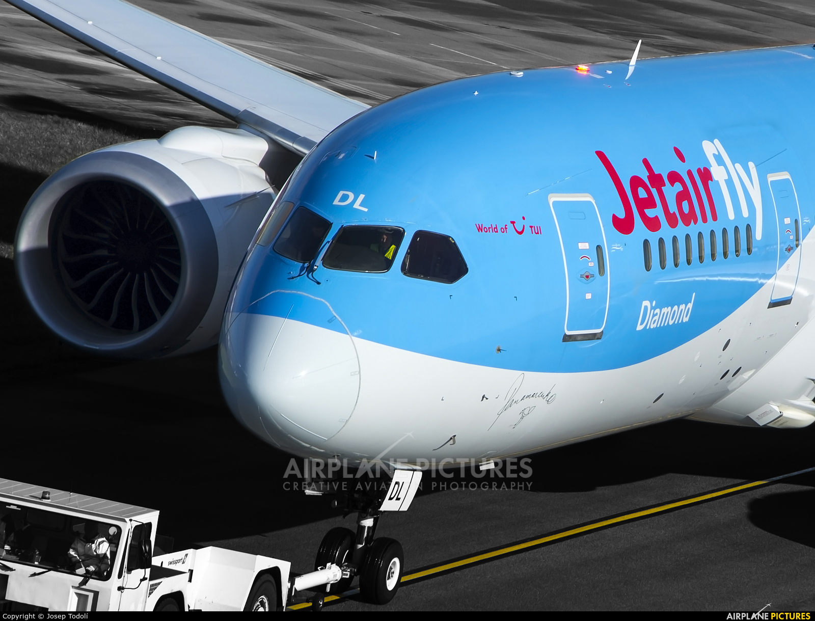 Jetairfly (TUI Airlines Belgium) OO-JDL aircraft at Manchester