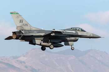 88-0526 - USA - Air Force General Dynamics F-16CG Night Falcon