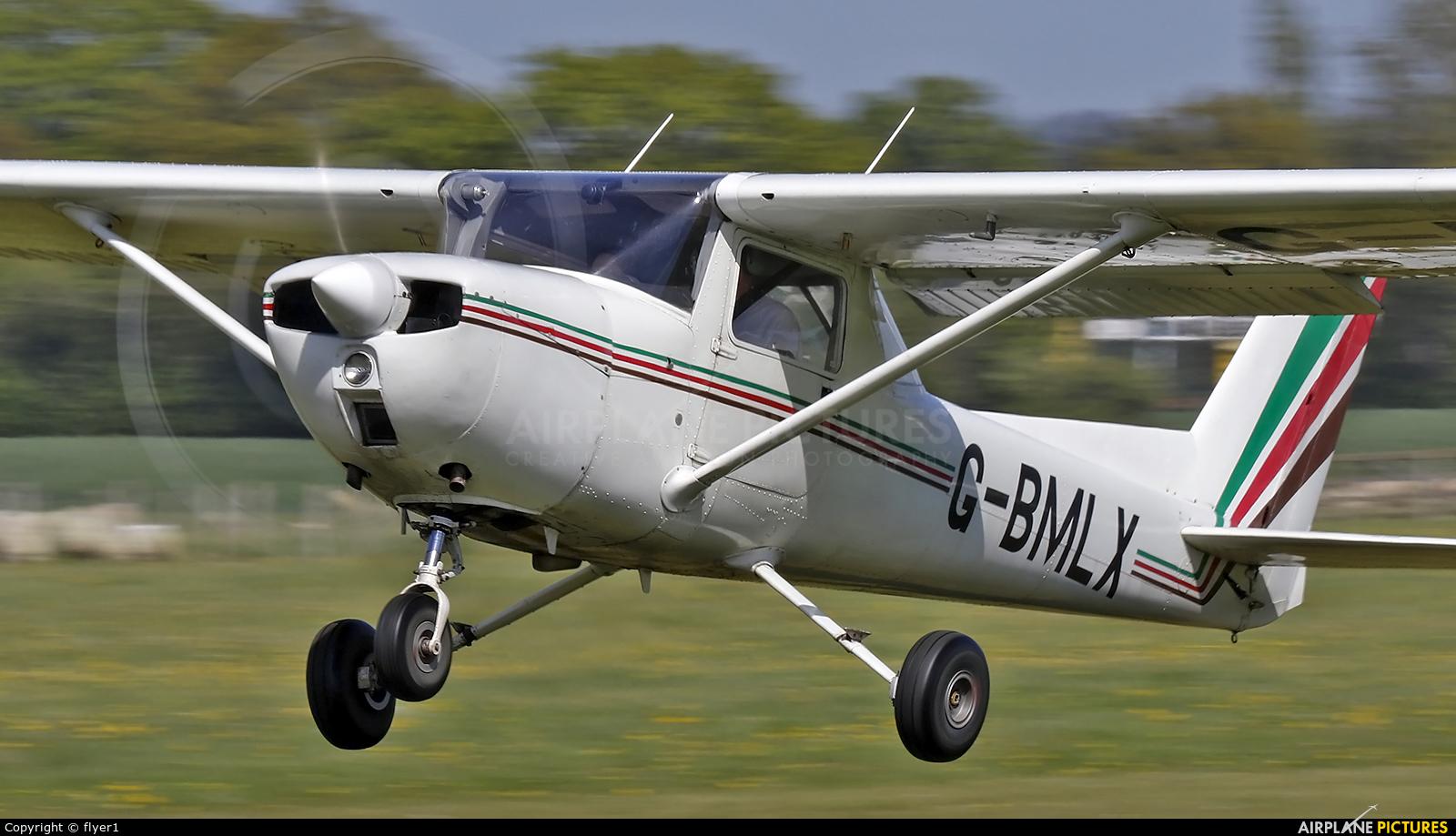 Private G-BMLX aircraft at Lashenden / Headcorn