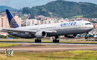 N68061 - United Airlines Boeing 767-400ER aircraft