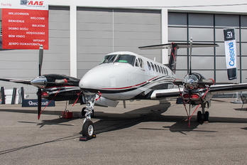 N835EU - Private Beechcraft 300 King Air 350