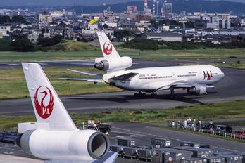 JA8542 - JAL - Japan Airlines McDonnell Douglas DC-10