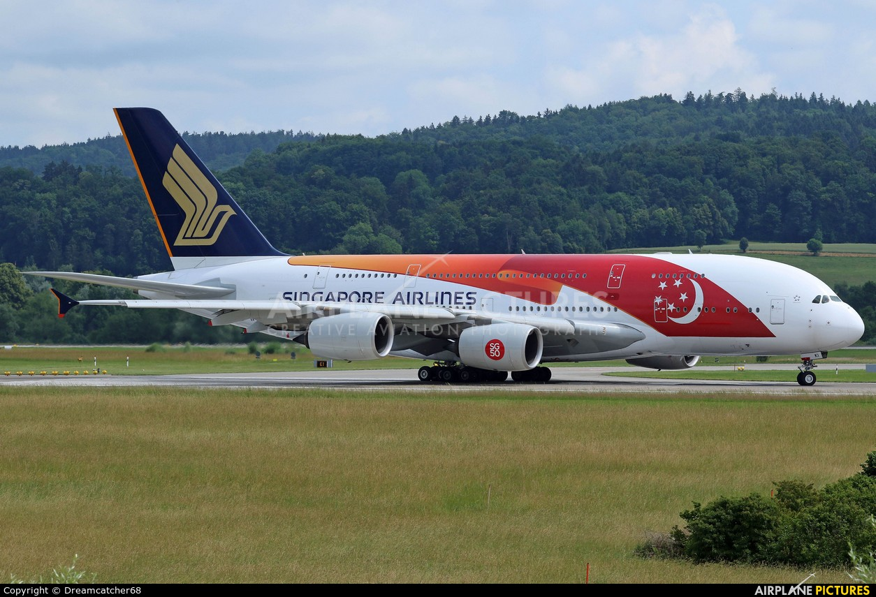 Singapore Airlines 9V-SKI aircraft at Zurich