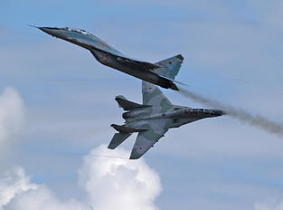 35 - Russia - Air Force Mikoyan-Gurevich MiG-29UB