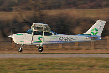 OK-WIA - Letov Air Flight Services Cessna 172 Skyhawk (all models except RG)