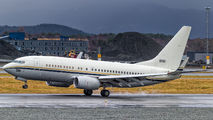 168981 - USA - Navy Boeing C-40A Clipper aircraft