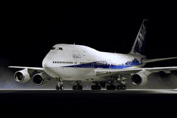 JA8965 - ANA - All Nippon Airways Boeing 747-400D