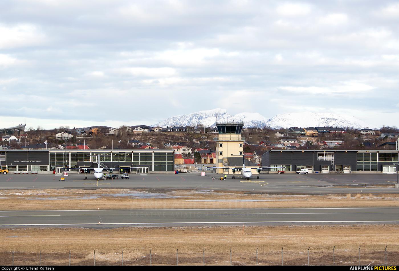 - Airport Overview ENBN aircraft at Brønnøysund