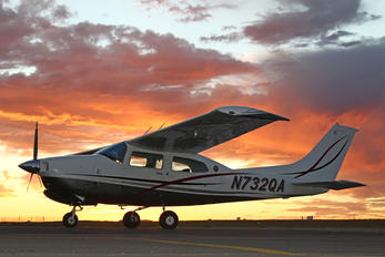 N732QA - Private Cessna 210 Centurion