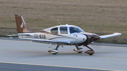 OK-MAM - Private Cirrus SR22