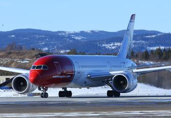 EI-LNH - Norwegian Air Shuttle Boeing 787-8 Dreamliner