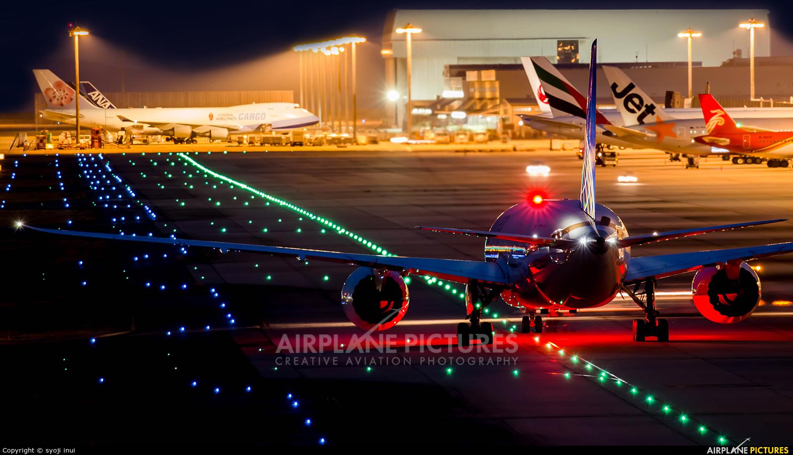 United Airlines N45905 aircraft at Kansai Intl