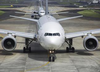 9V-SVI - Singapore Airlines Boeing 777-200ER
