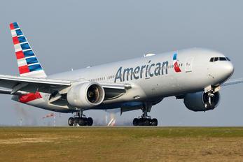 N783AN - American Airlines Boeing 777-200ER
