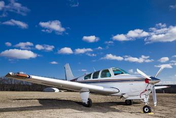 N1555W - Private Beechcraft 33 Debonair / Bonanza