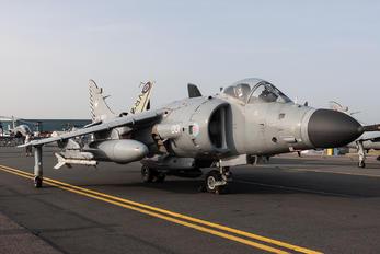 ZH801 - Royal Navy British Aerospace Sea Harrier FA.2