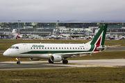 Alitalia EI-RDB image