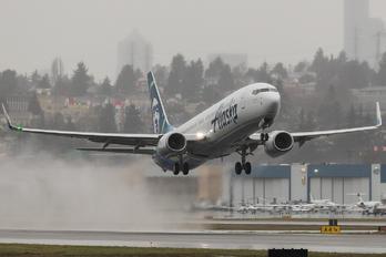 N494AS - Alaska Airlines Boeing 737-900