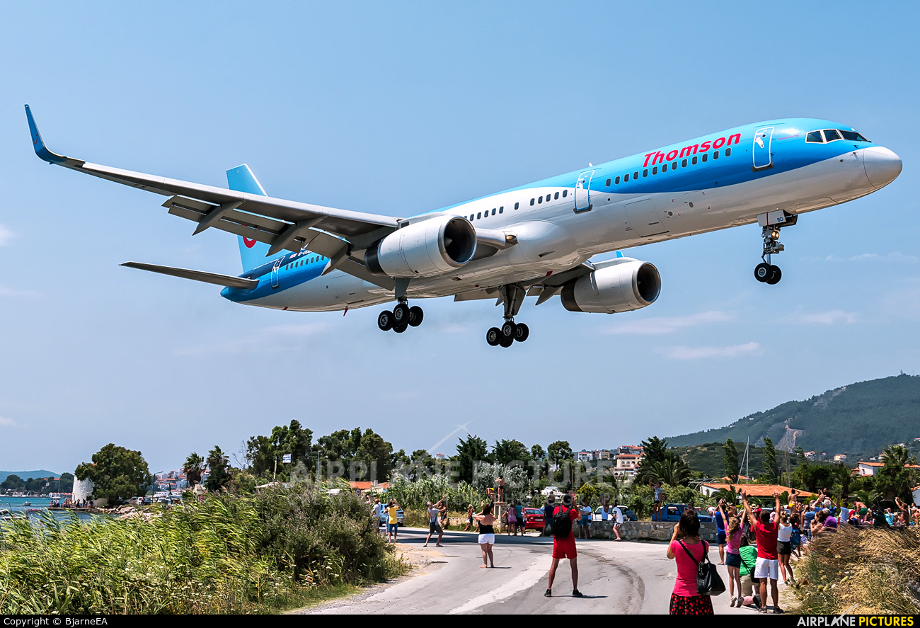 Thomson/Thomsonfly G-OOBD aircraft at Skiathos