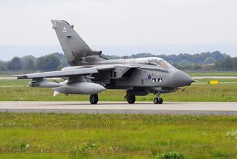 ZA400 - Royal Air Force Panavia Tornado GR.4 / 4A